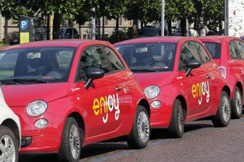 Parte Car sharing in aeroporto Fiumicino