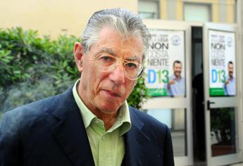 Fondi Lega, 2 anni e 3 mesi a Umberto Bossi