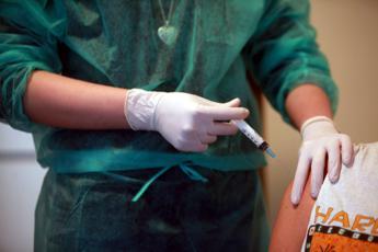 Decreto vaccini, sì del Senato: le novità