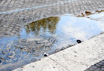 Si lavora per scongiurare lo stop dell'acqua a Roma