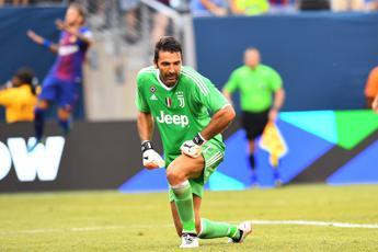 Buffon 'cancella' Bonucci: Grazie Leo, ma la Juve andrà avanti