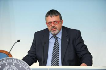 Migranti, Capone (Ugl): Servono accordi con Paesi di partenza