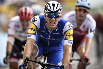 Tour de France, cinquina Kittel a Pau e Froome sempre in giallo