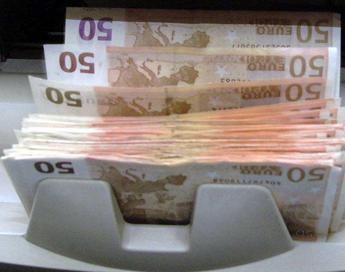 Bankitalia, da lunedì controlli più stretti su contanti