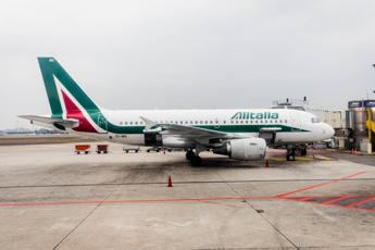 Gentiloni eyes more airline competition