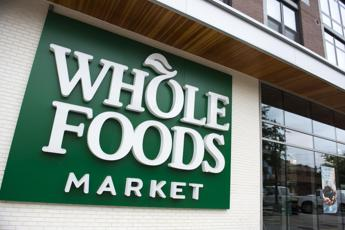 Amazon rileva Whole Foods Market e lancia super sconti