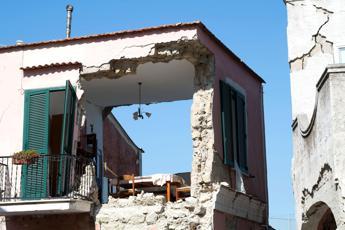 Ischia, ipotesi inchiesta per disastro colposo