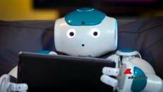 Andrea Bocelli in concerto col robot Yumi