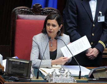 #AdessoBasta, ma gli insulti a Boldrini continuano