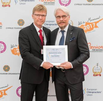 A Chiropractic Action Team italiano premio 'Humanitary Award'