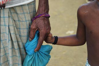Over half million Rohingya flee Myanmar - 2,000 per day says UN