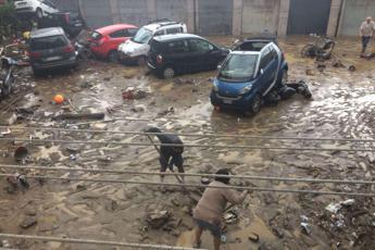 Un brindisi all'alluvione, Livorno come L'Aquila