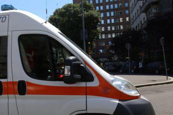 Rimini, ragazzina 13enne in coma etilico: indagini dei carabinieri in corso