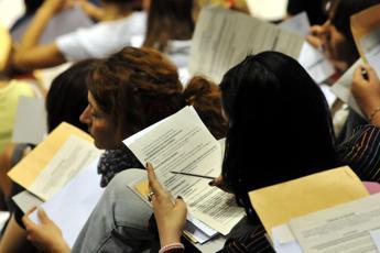 Scuola, concorso precari: atti alla Consulta