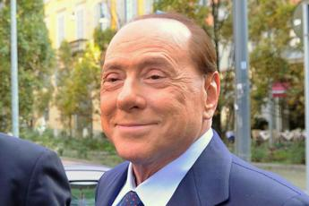 Prosecutors request bribery trial for Berlusconi