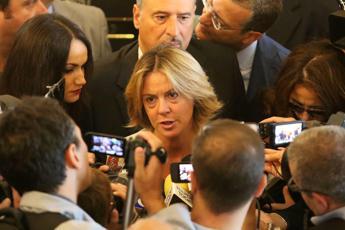 Lorenzin: Roma piena di droga, rivediamo siringhe per strada
