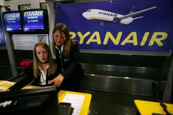 Ryanair, spunta penale al check-in