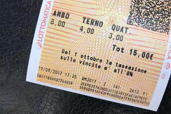 Lotto, aumenta la tassa sulla vincita
