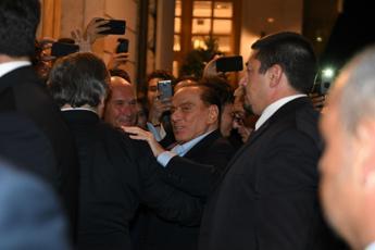 Fi, Berlusconi arriva a Fiuggi con Francesca Pascale