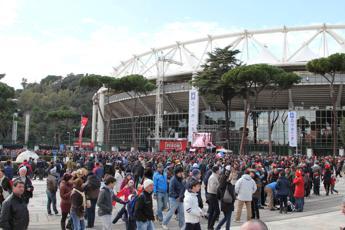 Celle negli stadi e stop bagarini, arriva la riforma del calcio