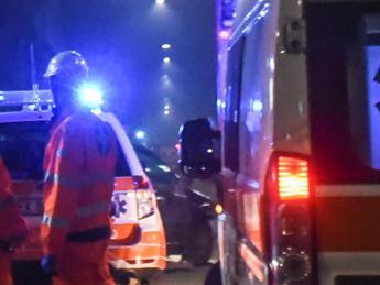 Scontro tra camion e furgone, due morti