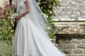 Sposa una 39enne per il permesso di soggiorno: denunciati ...