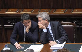 M5S-Pd, Renzi contro Gentiloni