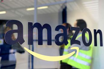 Amazon assume: 100 posti a tempo indeterminato
