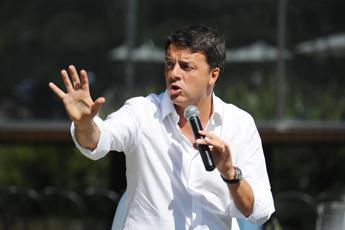 Renzi apre la Leopolda