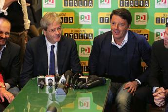 Renzi e Gentiloni firmano la tregua