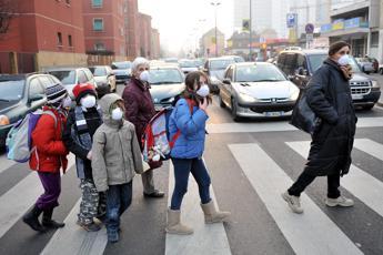 Roma, allarme smog davanti alle scuole