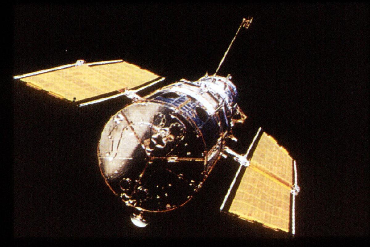 """Stazione spaziale fuori controllo: """"Cadrà sulla Terra"""""""
