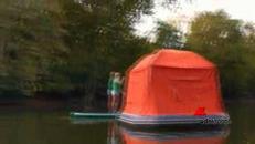 La tenda che galleggia