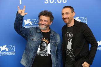 Blade Runner 2049 vola ma Ammore e Malavita non molla