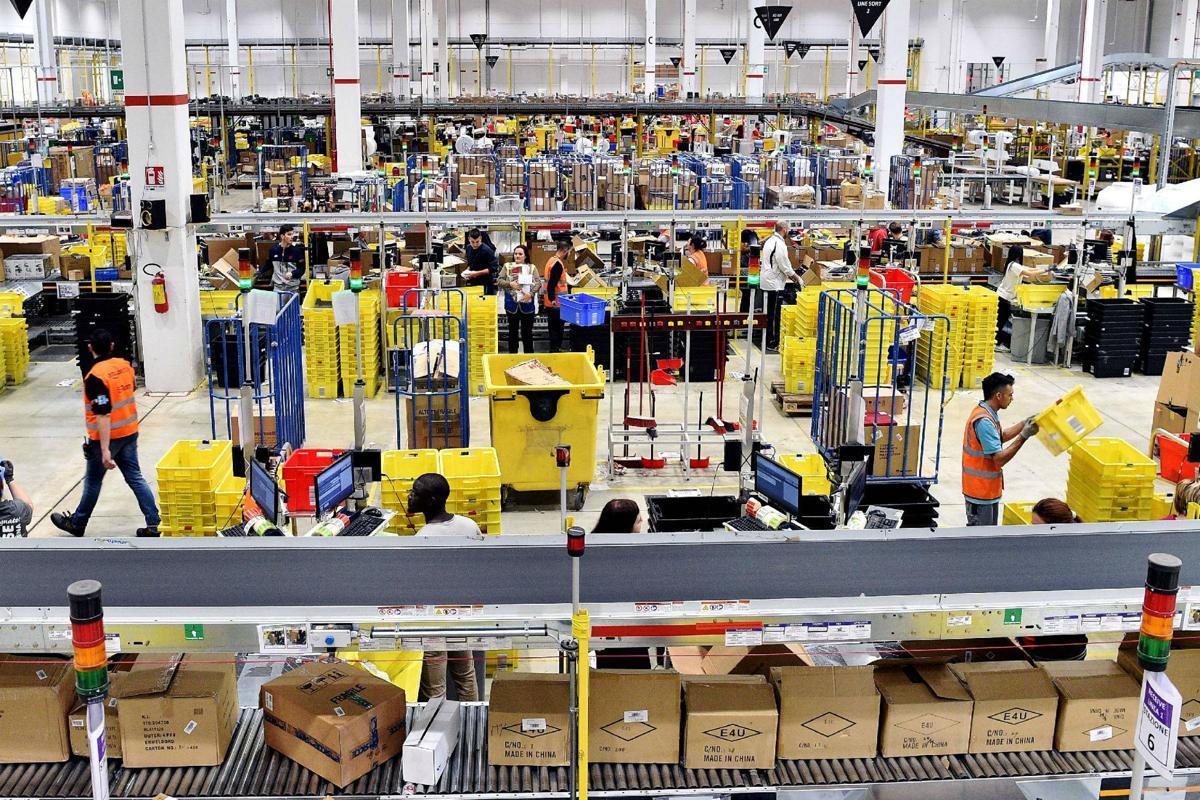 Lavoro Per Amazon Consegno 200 Pacchi Al Giorno E Sono Schiavo Di