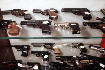 Americani 'pistoleri': numeri choc