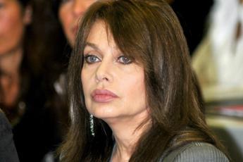 Veronica Lario non ha diritto ad assegno divorzio