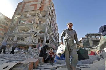 Terremoto Iran-Iraq: 530 morti