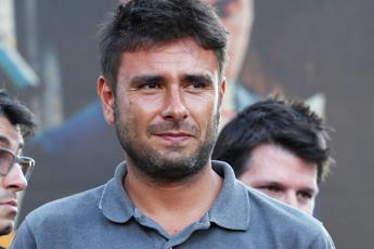 Di Battista: Sui migranti sto con Toninelli