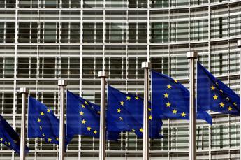 Ue all'Italia: Conti pubblici non migliorano
