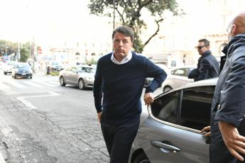 Renzi: Falso video su Lamborghini a Ibiza