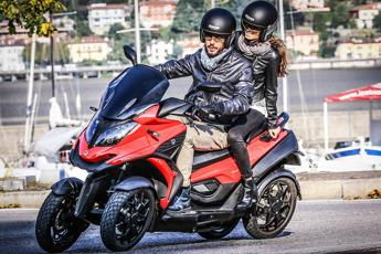 Arriva lo scooter a 4 ruote