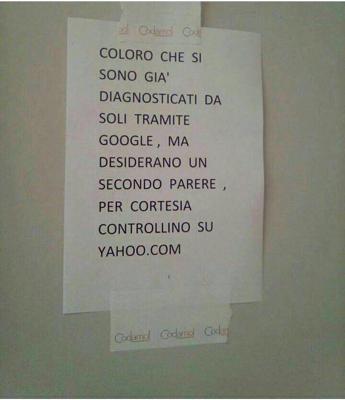 Cartello contro dottor Google, giallo all'Istituto tumori di Milano