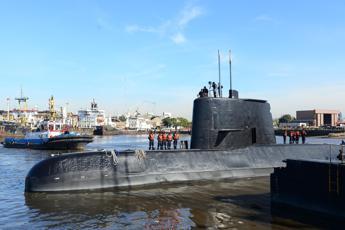 Trappola negli abissi, 80 anni di sottomarini perduti