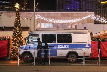 Attacco al mercatino di Natale, arrestati sei siriani