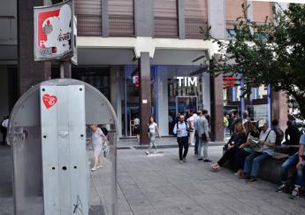 Tim, Calenda: Bene incontro con Genish