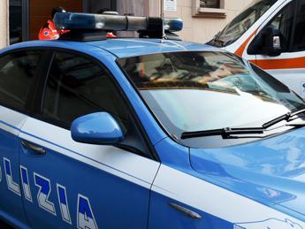 """""""Ti tolgo il malocchio"""", 'mago' violenta 16enne a Roma"""