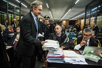 Mafia Capitale, Carminati intimidiva e Buzzi corrompeva