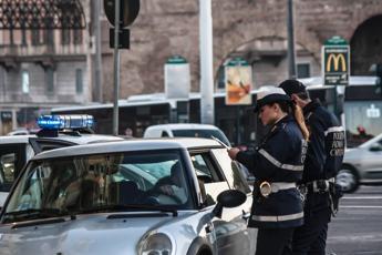 Smog alle stelle, stop auto a Roma