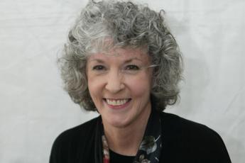 Addio a Sue Grafton, la giallista dell'alfabeto del crimine